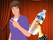 Bieber Bottle Bash Game Online
